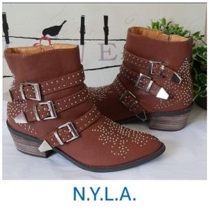 🌟 N.Y.L.A. Klueless Studded Leather Ankle Bootie